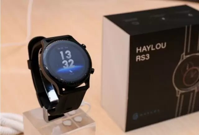 ساعت هوشمند هایلو مدل RS3